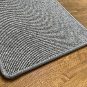 Jökull mittelgrauer Teppichboden aus Schafswolle aus Island.