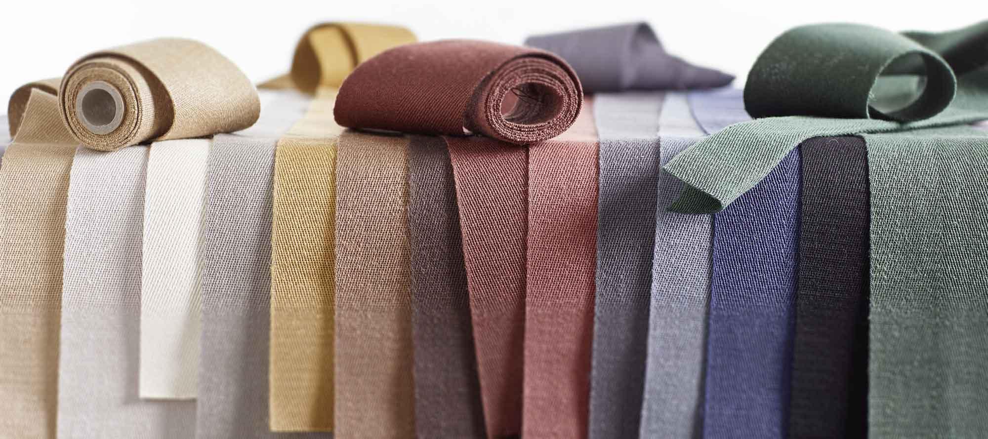 Leinenbänder in verschiedenen Farben