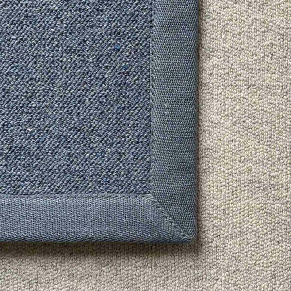 Antares Teppich Farbe blau mit Leinenband blau