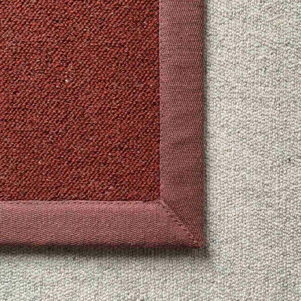 Antares Farbe rot mit Leinenband weinrot